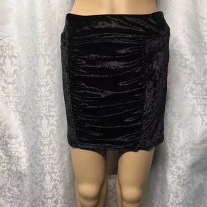 Candie's black velvet mini Skirt Size Medium